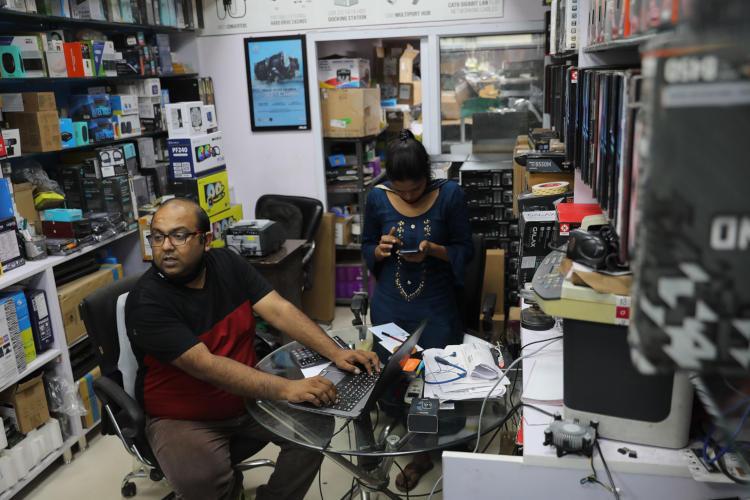 Пиюш Тулсиан, продавец компьютерных аксессуаров из Нью-Дели